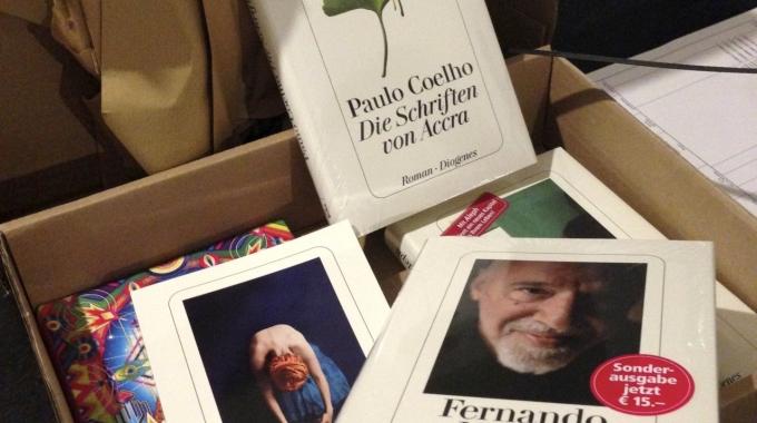 Coelho Buch Geschenk vom Diogenes Verlag
